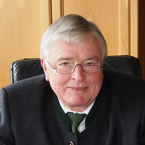 Herr Dr. Frank Möwius